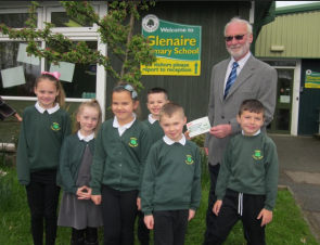 Baildon Carvival Contributes to Glenaire Primary School's Fund to Install Solar Panels